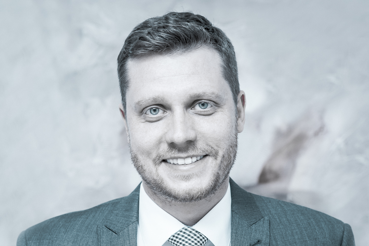 Lawyer Rudi Wall
